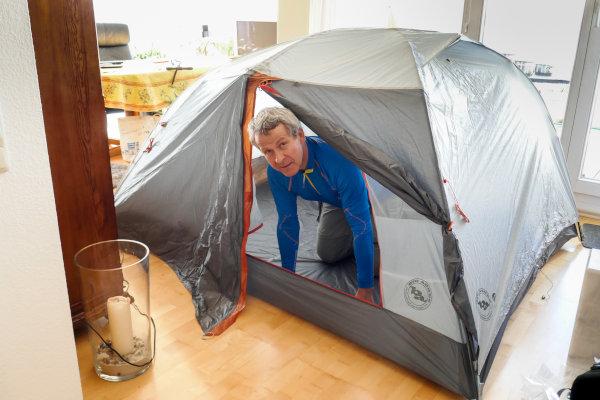 Reisevortrag - Zeltprobeaufbau in der Wohnung